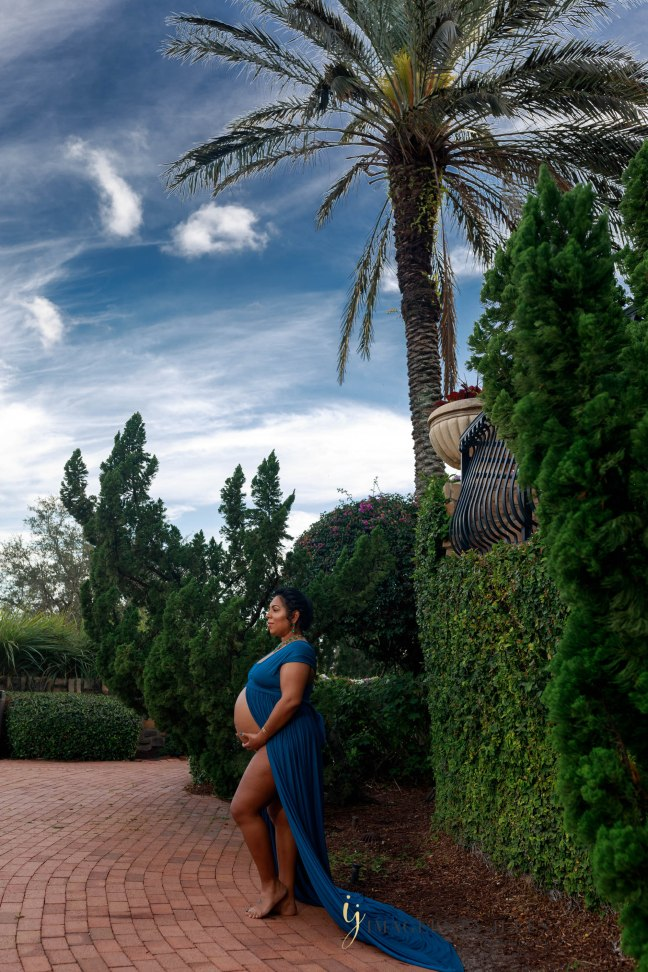 Parkland Gulf and Country Club Maternity Photographer